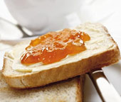 Найдена формула идеального тоста с джемом