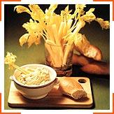 Сельдерей с пикантной сырной массой