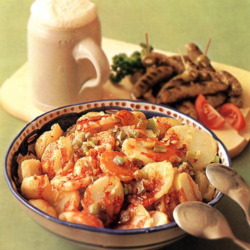 Картопля-гріль з перцем та сосисками
