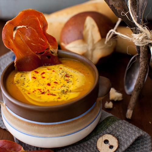 Пряний гарбузовий суп з прошутто
