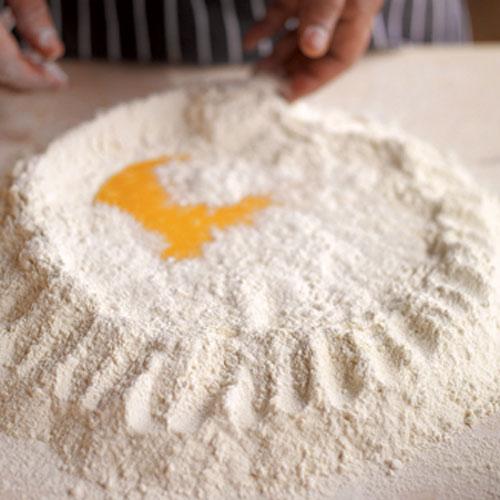 Базовий рецепт свіжої яєчної пасти
