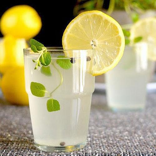 Пряный лимонад с мятой