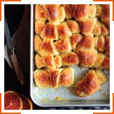 Мини-круассаны с кокосом и апельсиновой глазурью