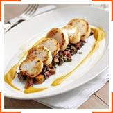 Смажені морські гребінці зі сквошем і теплим салатом