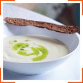 Крем-суп з цвітної капусти та житні кростіні