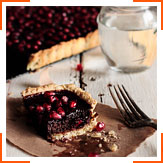 Шоколадно-гранатовий пиріг