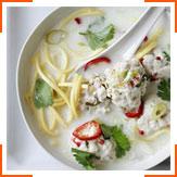 Азіатський суп з фрикадельками