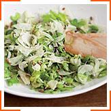 Салат из фенхеля и сельдерея с тыквенными семечками