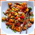 Салат из персиков, помидоров и базилика