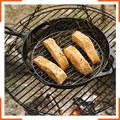 Лосось-гриль в глазури из кленового сиропа, приготовленный на сосновых иголках