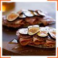 Сэндвичи с салями, коппой и инжиром