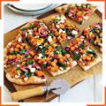 Пицца со сквошем, шпинатом и козьим сыром