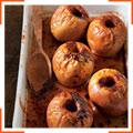 Запеченные яблоки с карамельным соусом