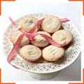 Рождественские пирожные со сладкой начинкой