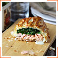 Пиріжки з листкового тіста з лососем і шпинатом