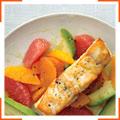Жареный сибас с цитрусовыми и маслом авокадо