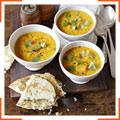 Пряный суп со сквошем, чечевицей и кокосовым молоком