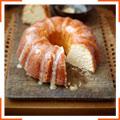 Кекс со сметаной и сладкой сливочной глазурью