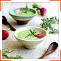 Холодный гороховый суп со сметаной, лимоном и эстрагоном