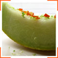 Дыня в лаймовом сиропе с перцем чили