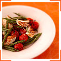 Курица барбекю с теплым салатом из стручковой фасоли