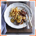 Стейки з оленини з грибним соусом та картоплею-фрі