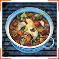 Лосось с зеленым соусом, рисом и овощами