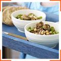Фрикадельки з молодої баранини з сиром фета та салатом з нутом