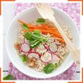 Салат из белой чечевицы с пряной чесночной заправкой