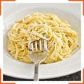 Капеллини с сыром и черным перцем