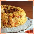 Обезьяний хлеб с чесноком и пармезаном